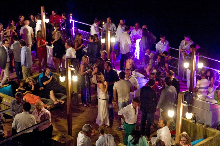 celebracion restaurante vivero beach sitges